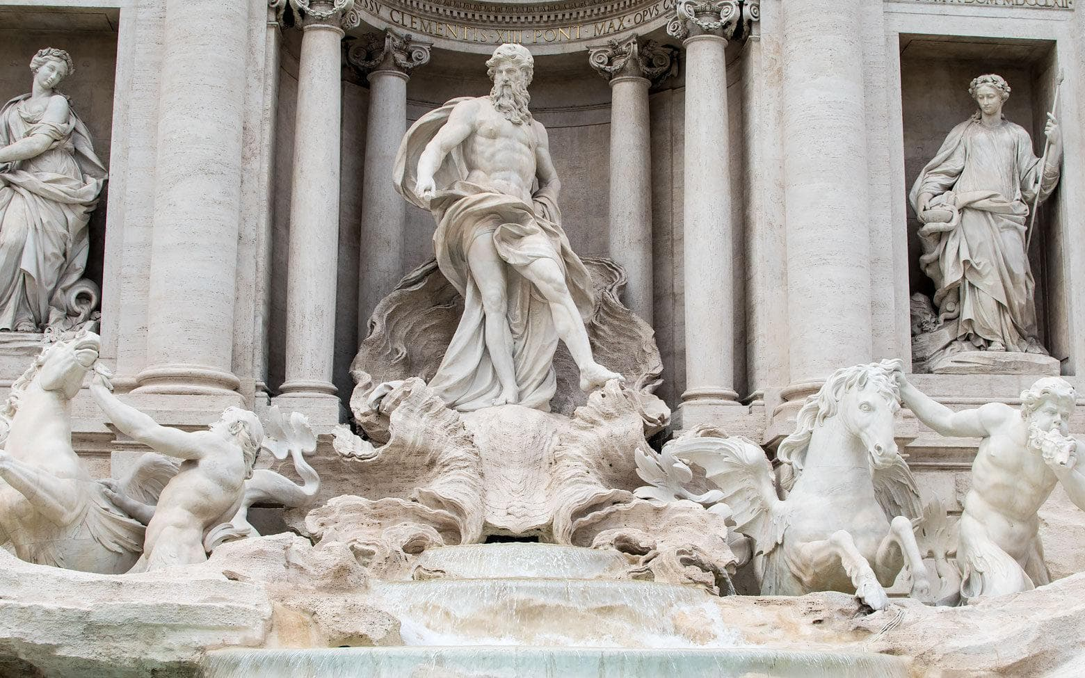 3 days in Rome itinerary day 1 - The Trevi Fountain