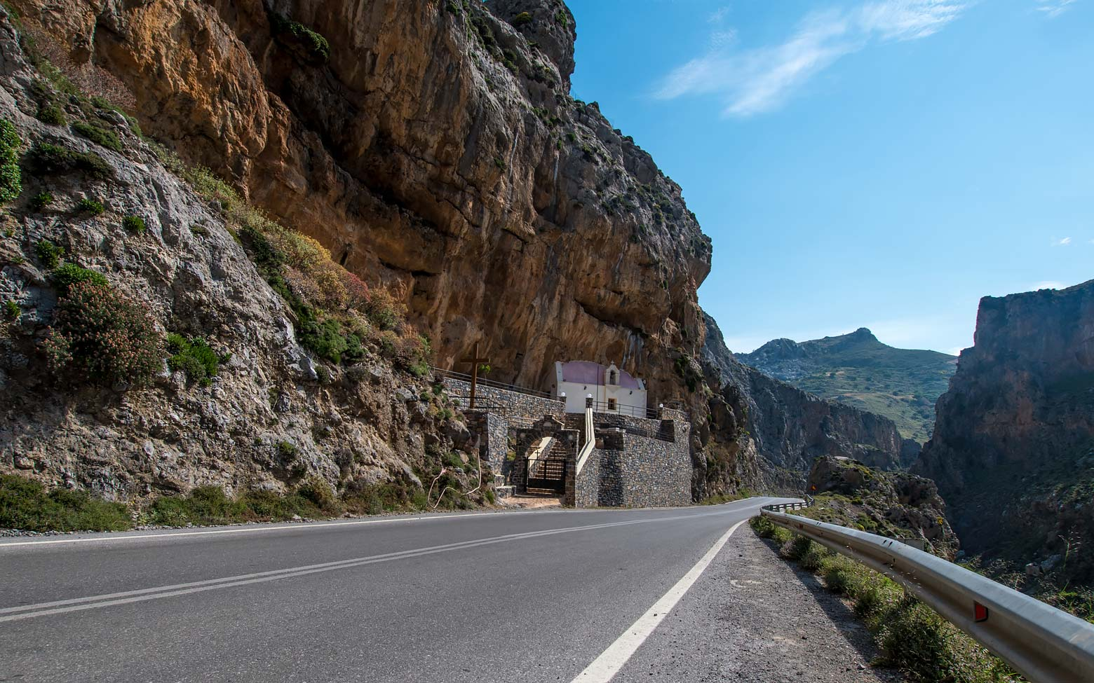 photo of a road church in Crete greece