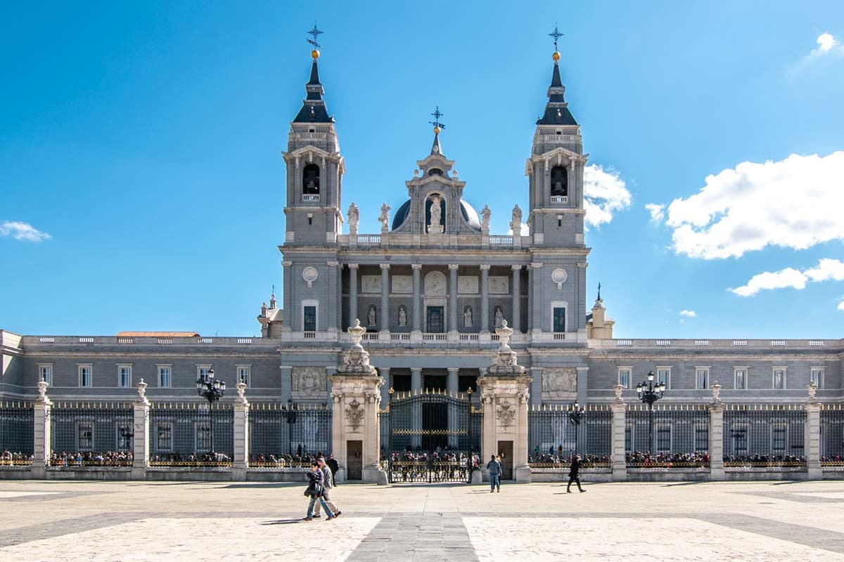 two days in madrid - La-Almudena-Cathedral