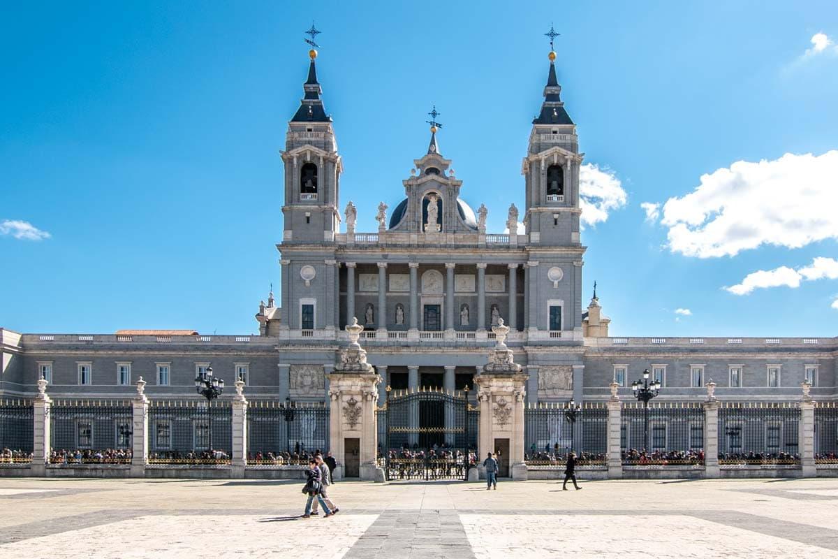 two days in madrid - La-Almudena-Cathedral
