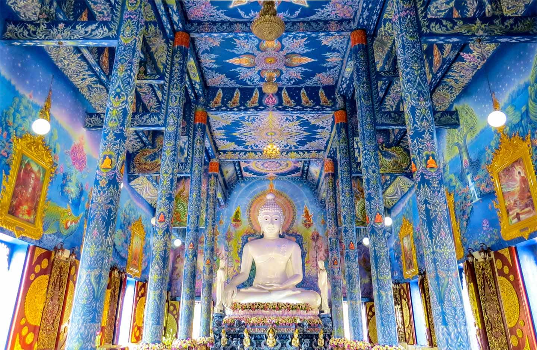 chiang-rai blue temple