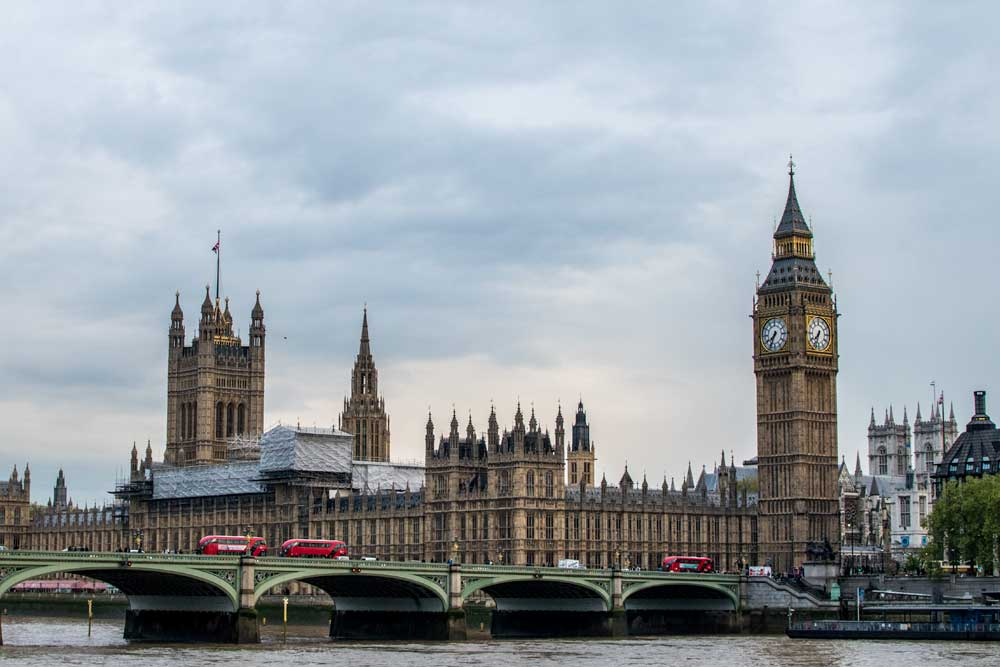 panorama of the westminster palace