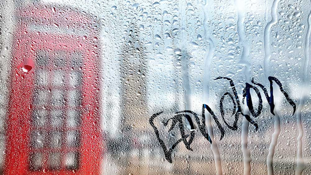 interesting facts about london - is it really rainy
