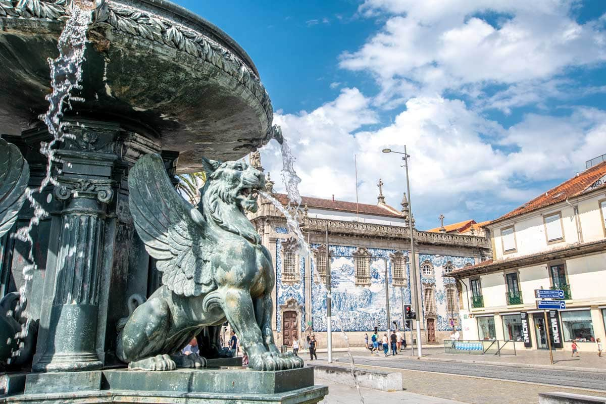 two days in porto - the fonte dos leoes