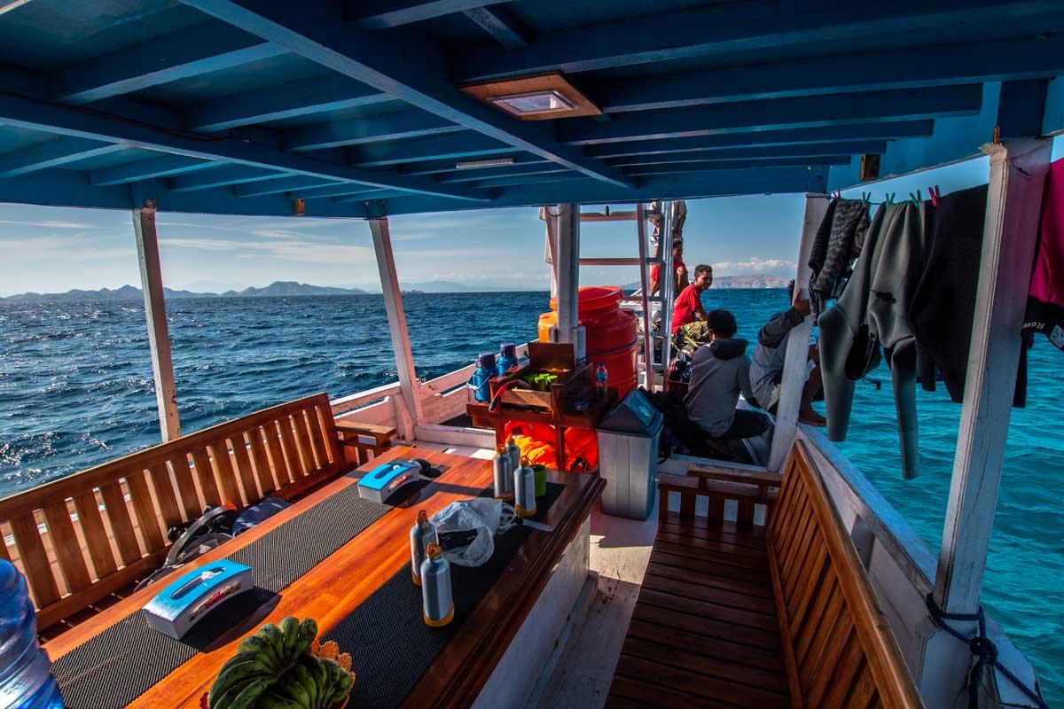 komodo tour - cramped boat