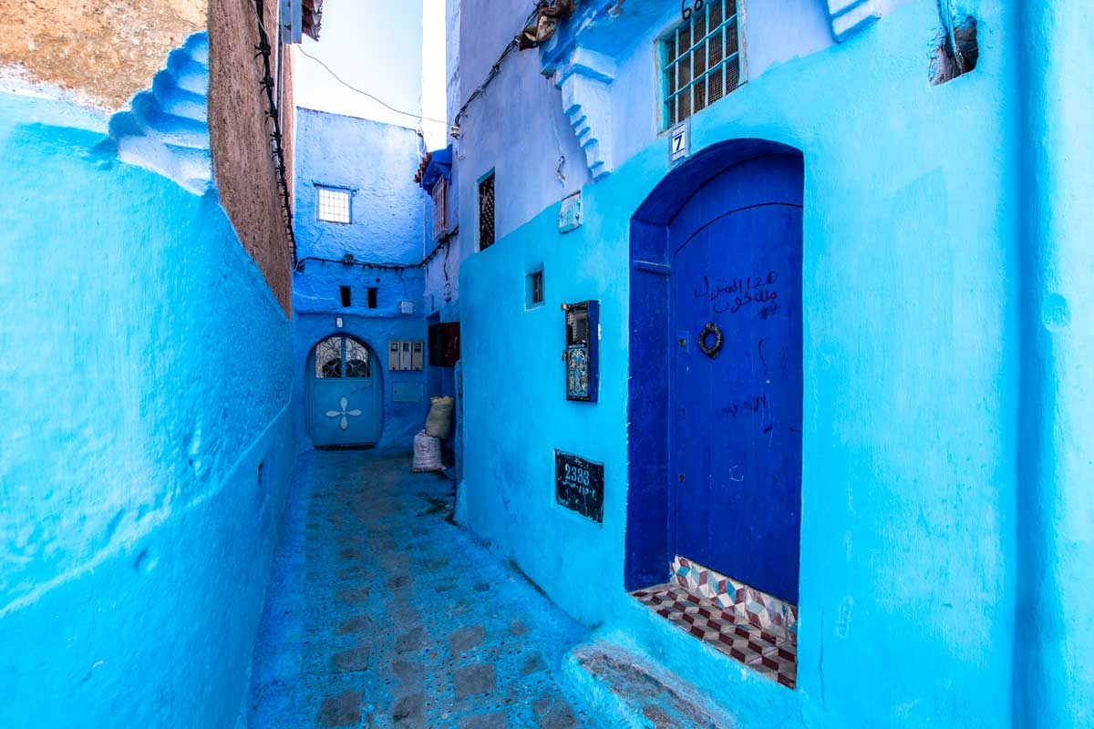 blue chefchaouen photo guide
