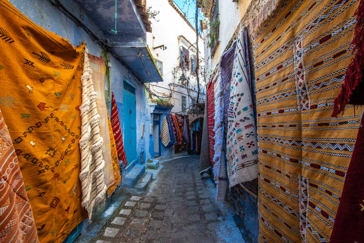 chefchaouen carpet shops