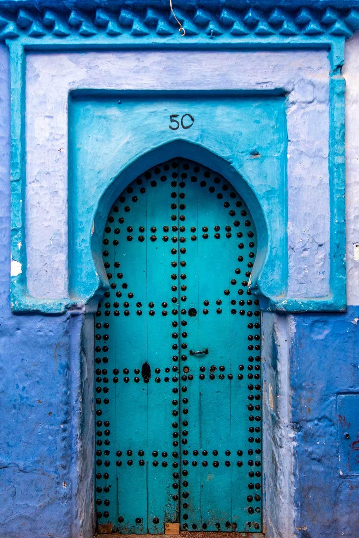 chefchaouen photo guide - beautiful door