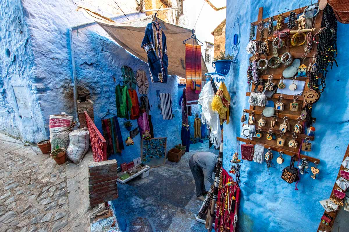 Chefchaouen photo guide shop