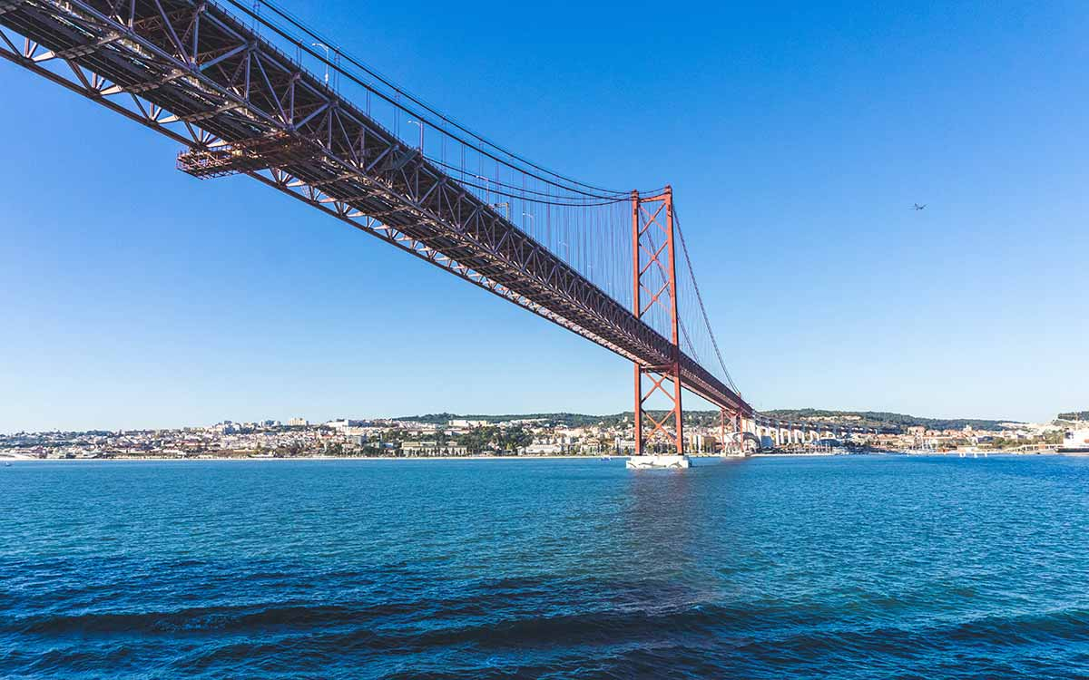 what to skip in lisbon - pilar 7