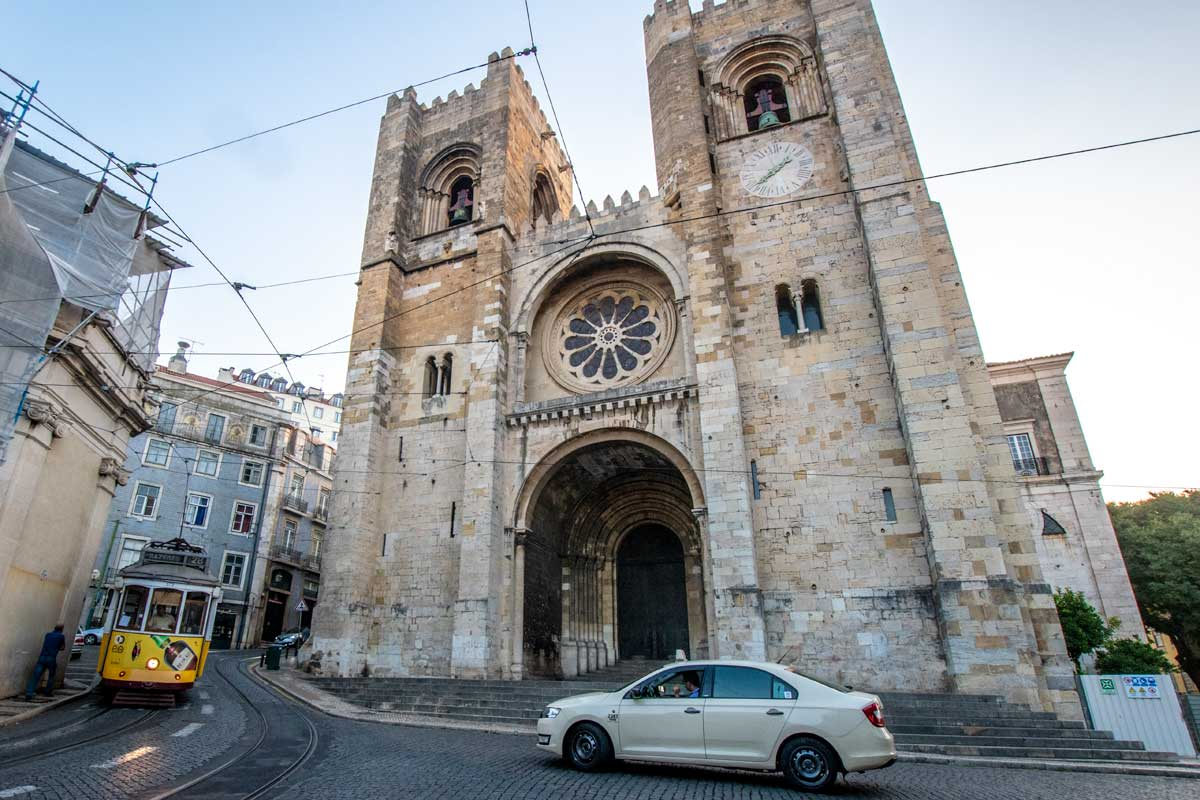 what not to do in lisbon - the cathedral of lisbon