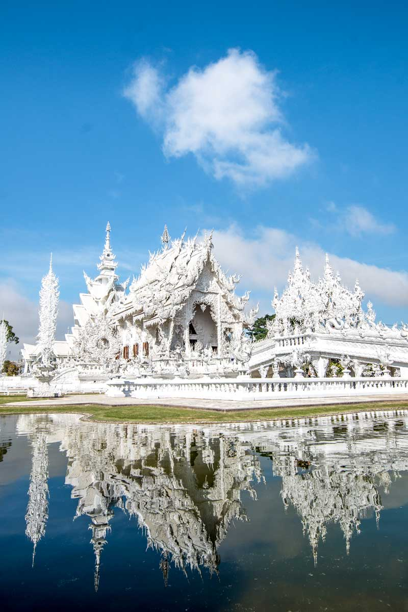 The White Palace of Chiang Rai