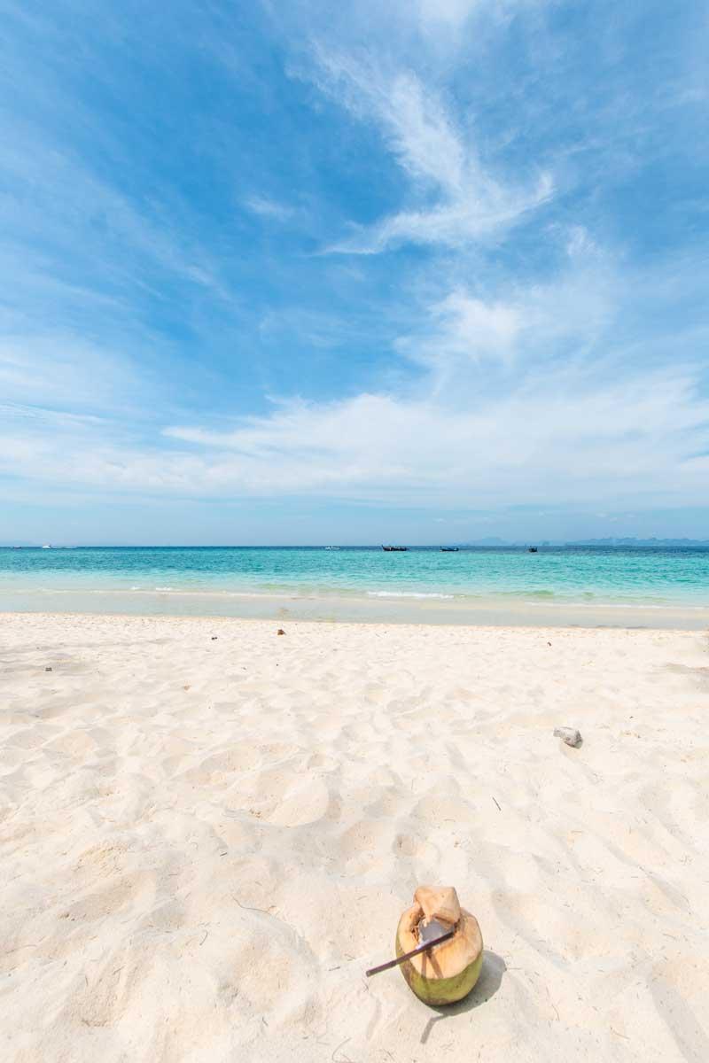 10 day Thailand itinerary - tropical beach