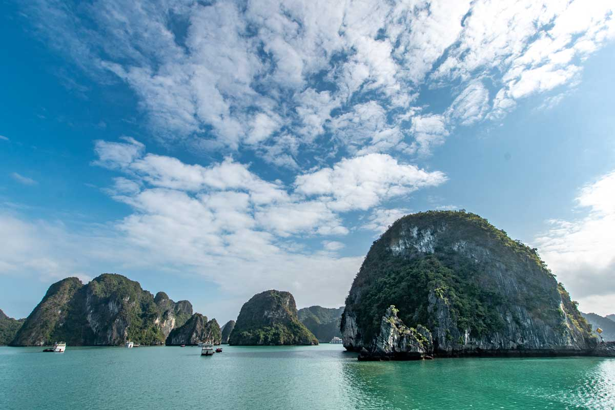 Find the best Halong Bay cruises