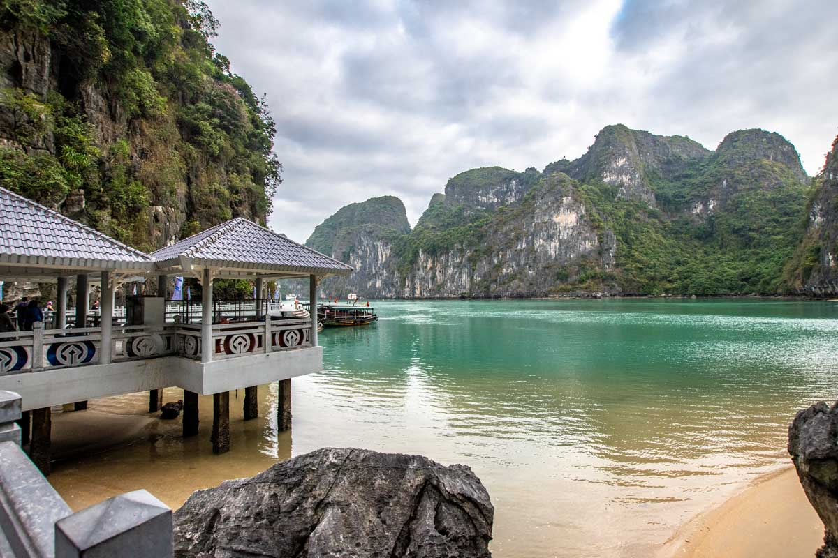 When to visit Halong Bay?