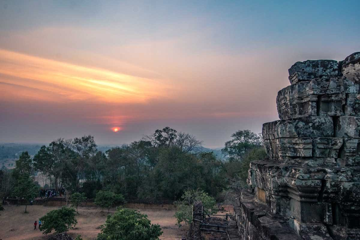 Sunrise view from Phnom Backheng