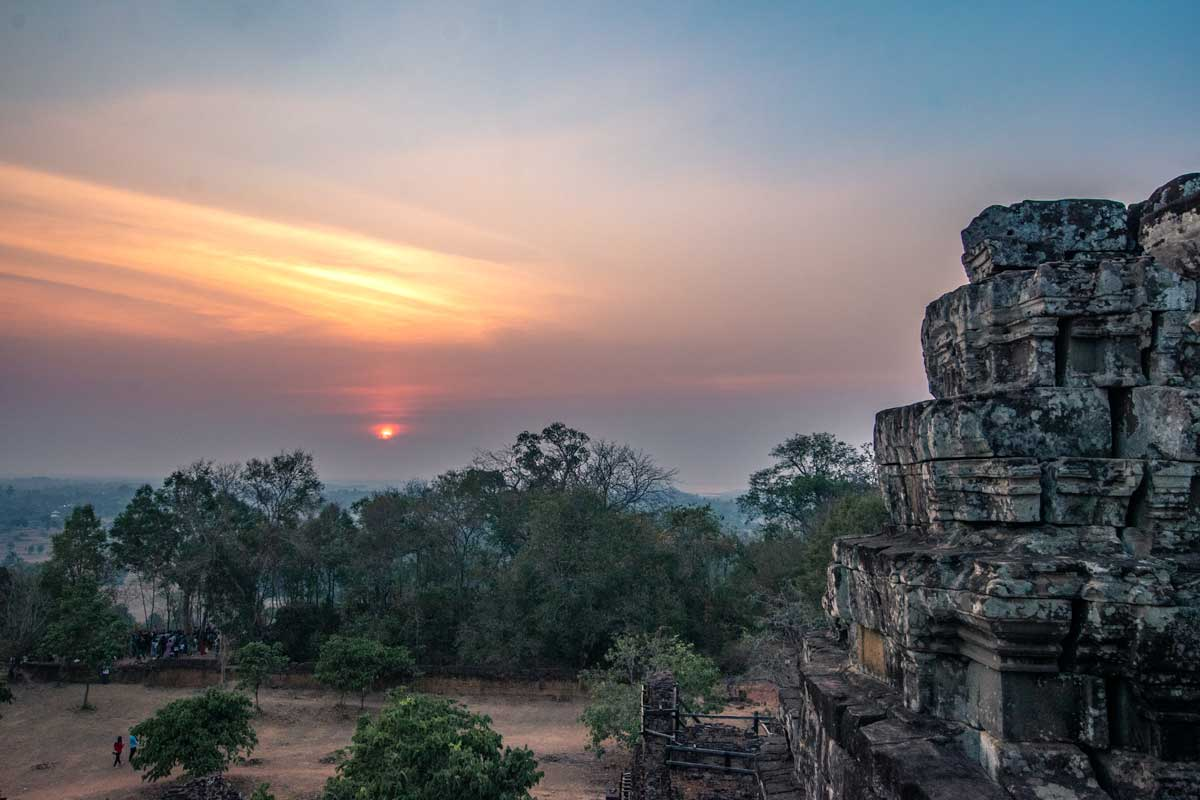 Sunrise view from Phnom Backheng