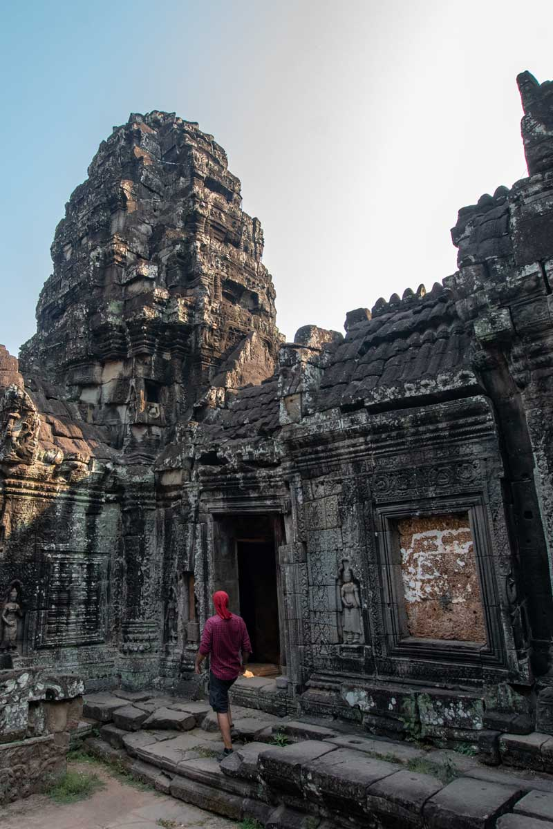 Exploring Banteay Kdei temple in Angkor