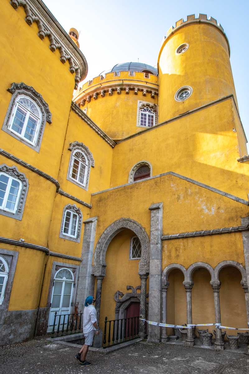 Sintra itinerary - Yellow beauty