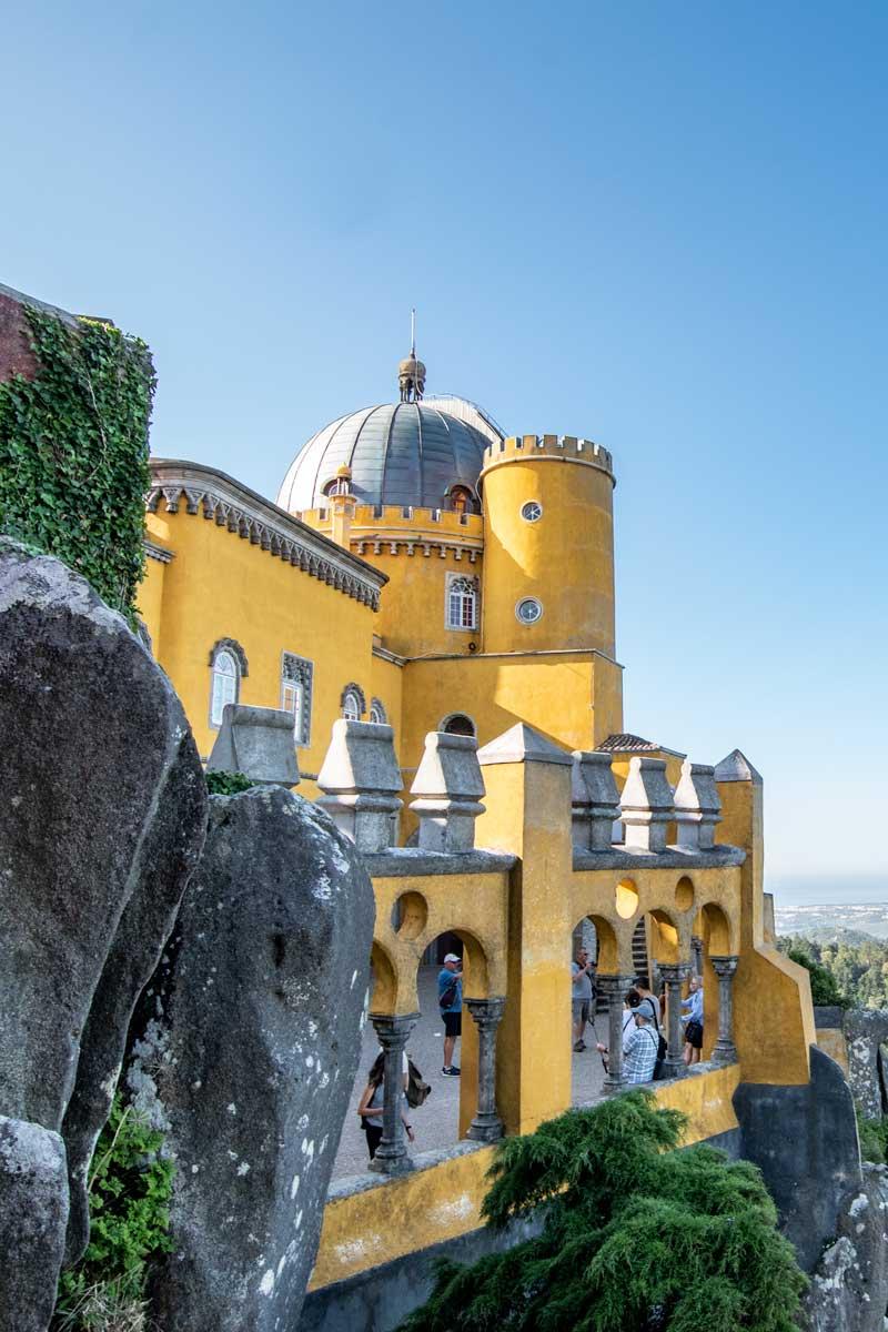 Sintra guide - triumph of colors