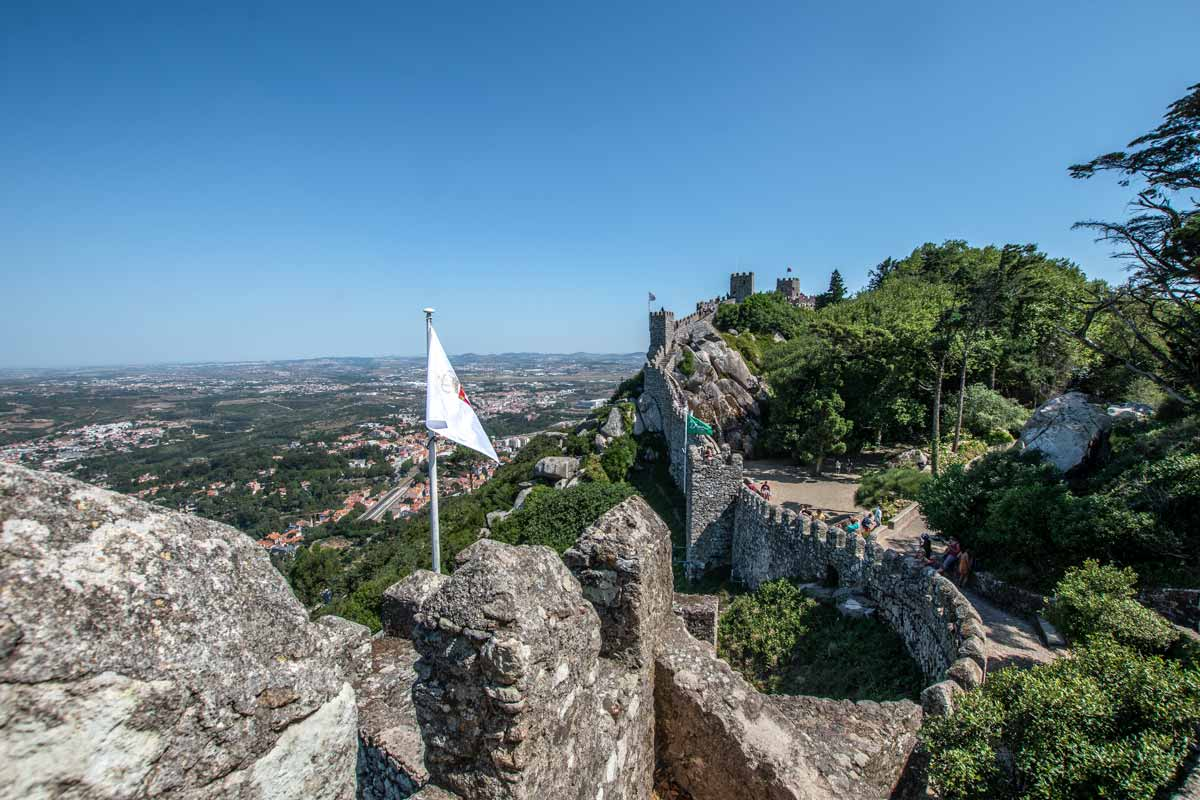 Sintra guide - Moorish Castle walls