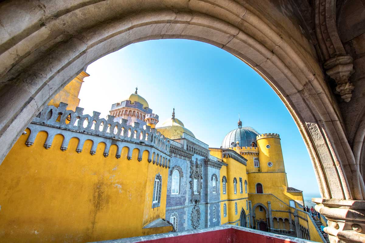 Sintra itinerary - Pena Palace free of people