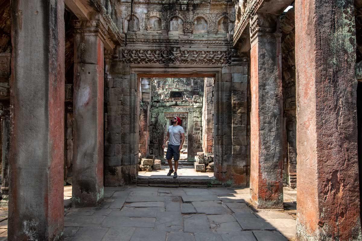 a walk inside the Preah Khan temple in Angkor