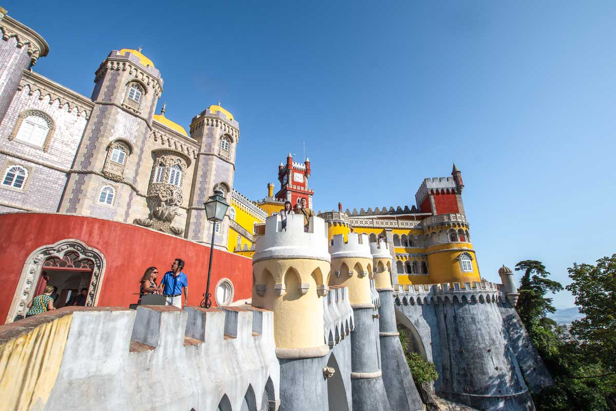 Lisbon to Sintra day-trip - see Pena Palace