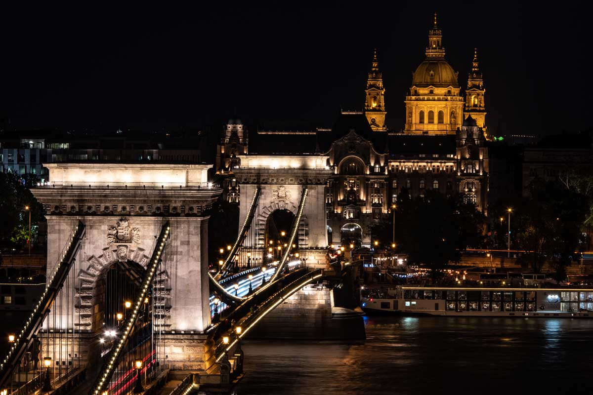 2 days in Budapest - The Chain Bridge
