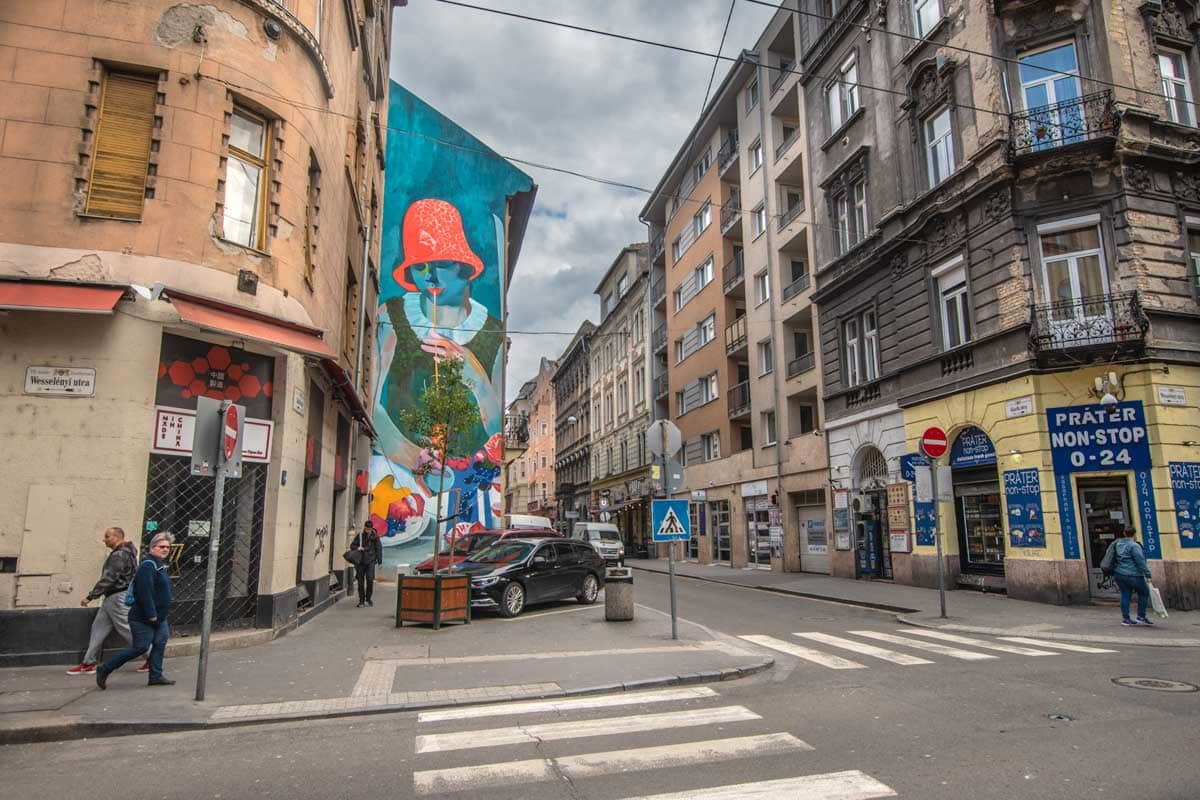 2 days in Budapest - exploring the Jewish Quarter and its street art
