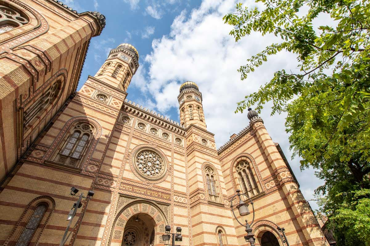 2 day Budapest itinerary - biggest synagogue in Europe