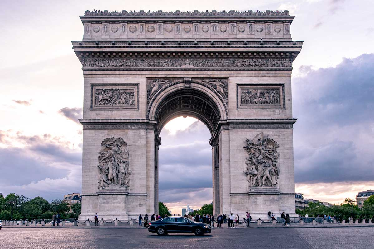 4 day Paris itinerary - arc de triomphe