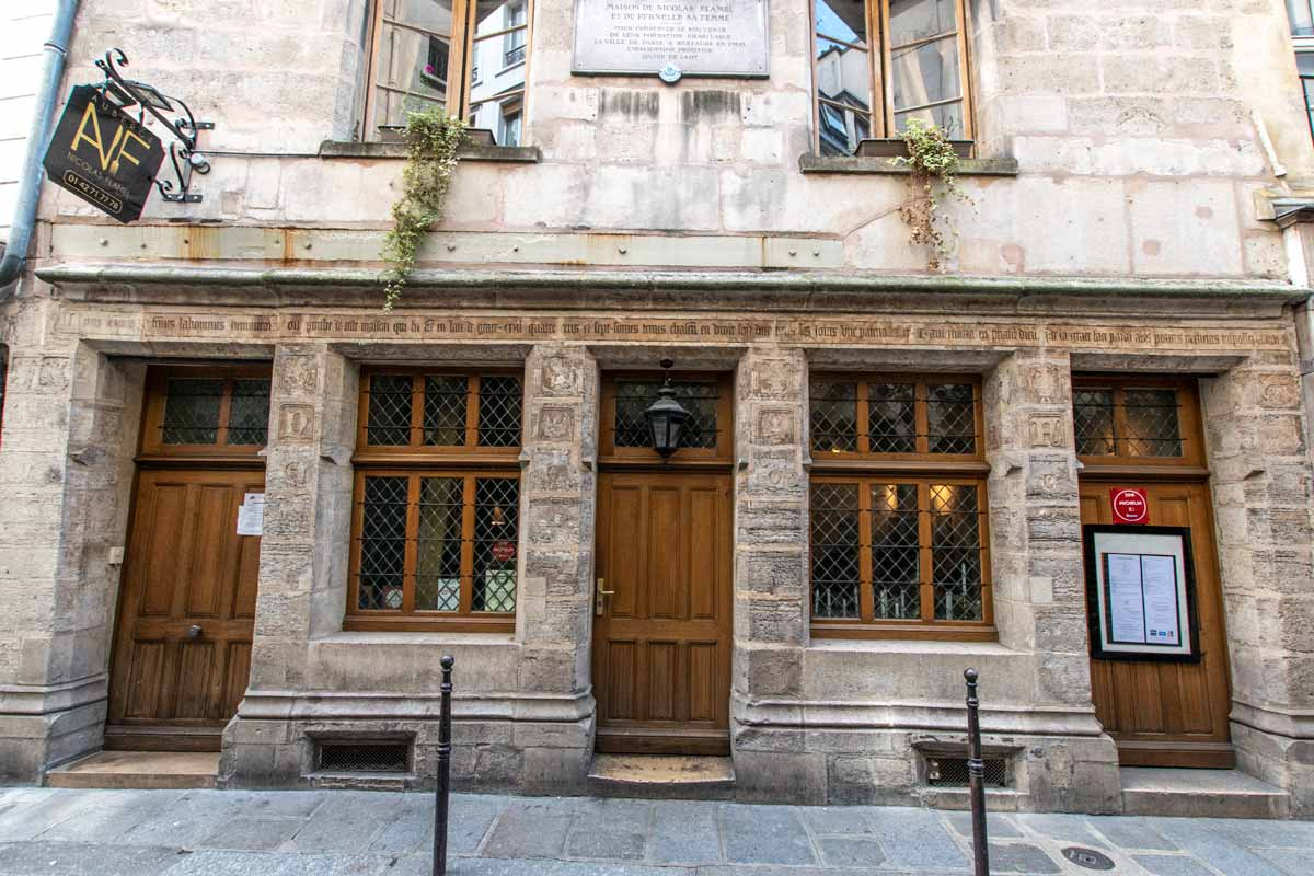 4 days in Paris - Nicholas Flamel House