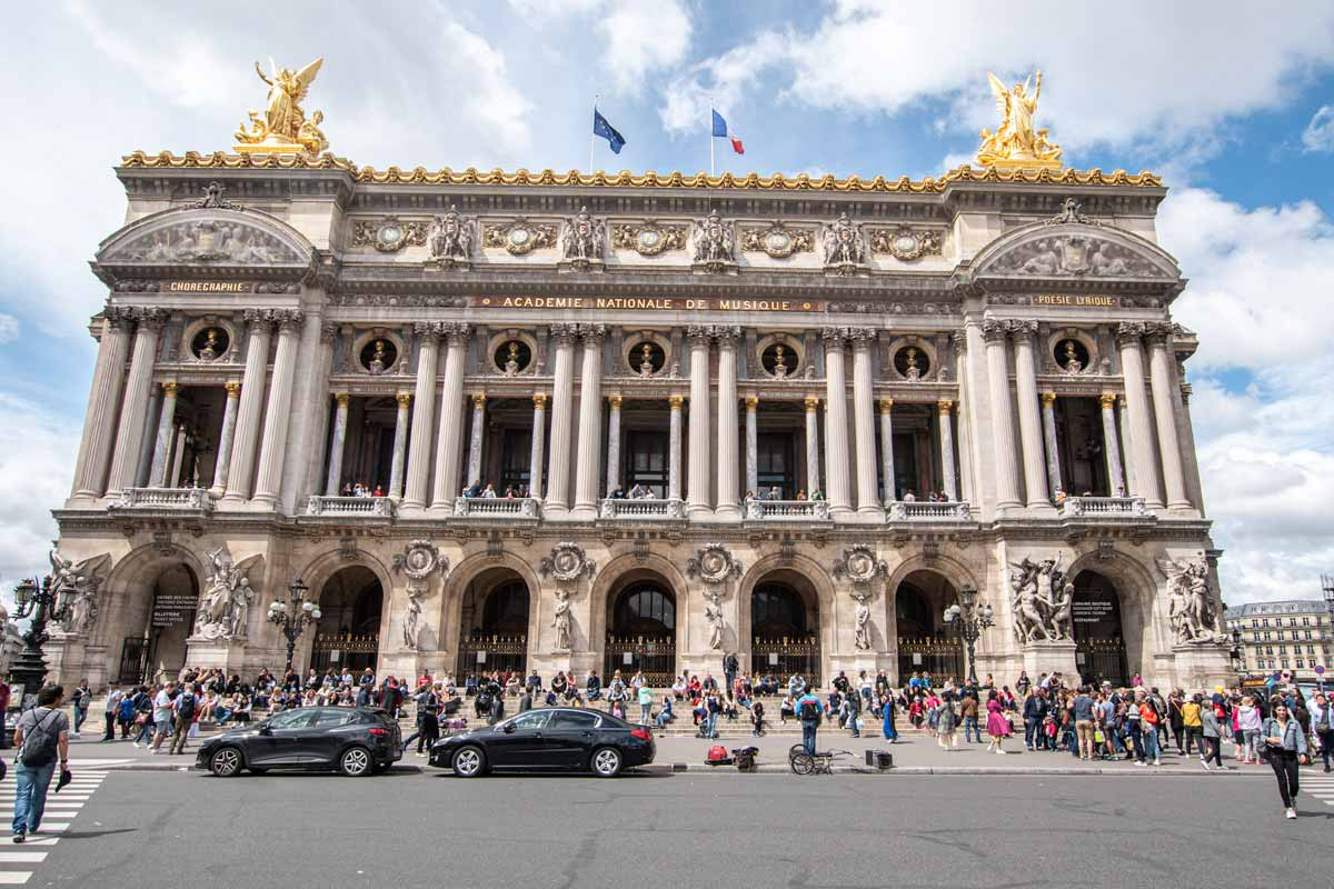 4 days in Paris - Opera House from the street
