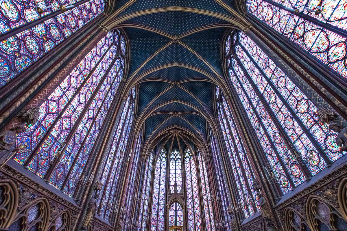 4 days in Paris - Sainte Chapelle interior