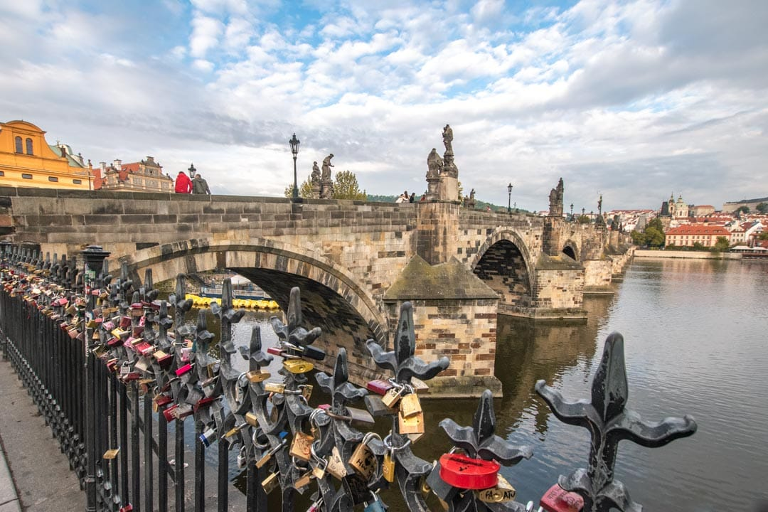 Charles-Bridge-padlocks-in-Prague