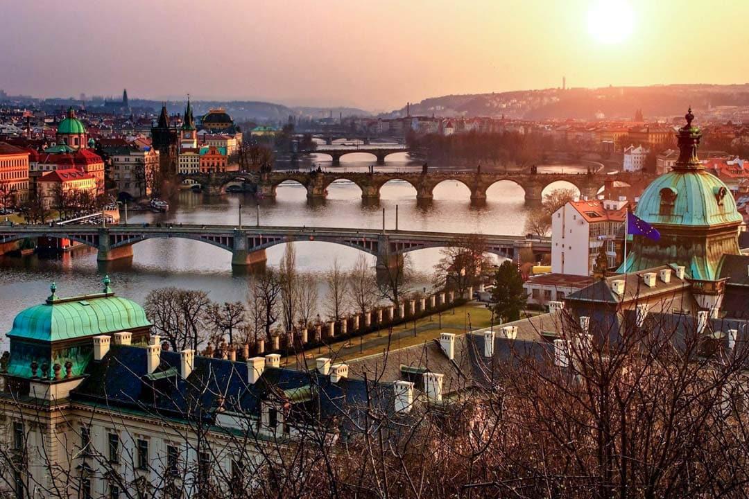 Photo-spots-in-Prague-Letna-Hill