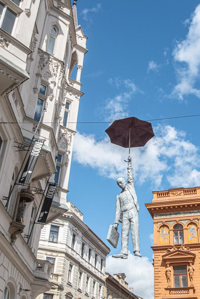 Prague-photo-guide-Umbrella-man