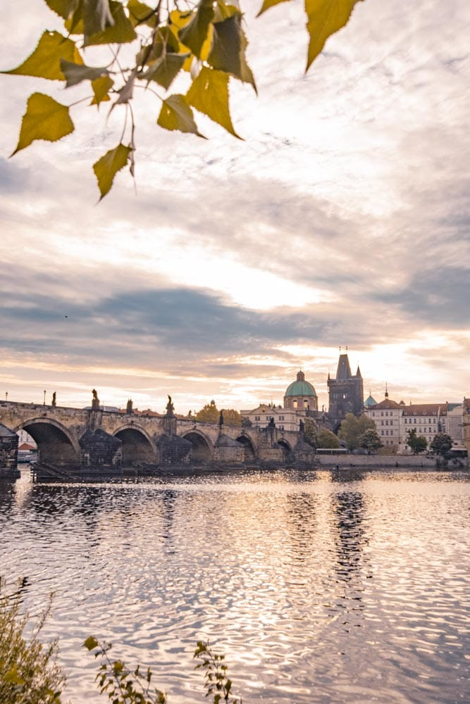 Prague-photo-guide-southside-river-shot