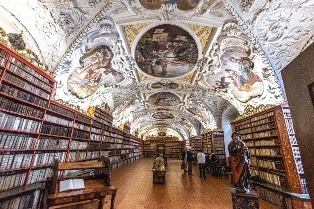 Strahov-library-in-Prague
