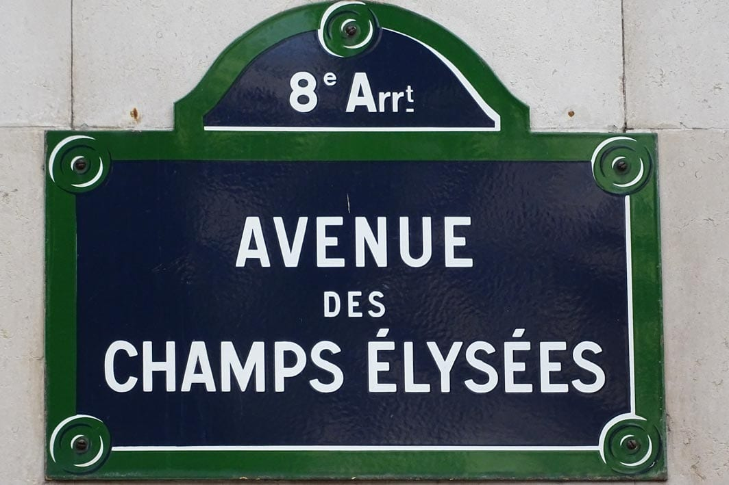 dont-shop-at-champs-elysees