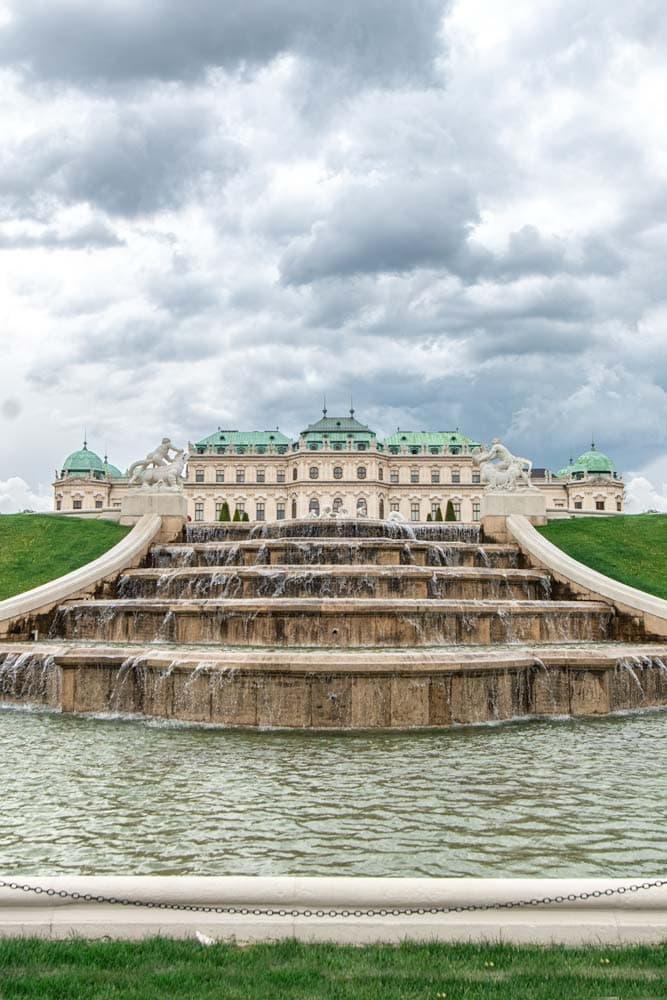 belvedere-palace-in-vienna
