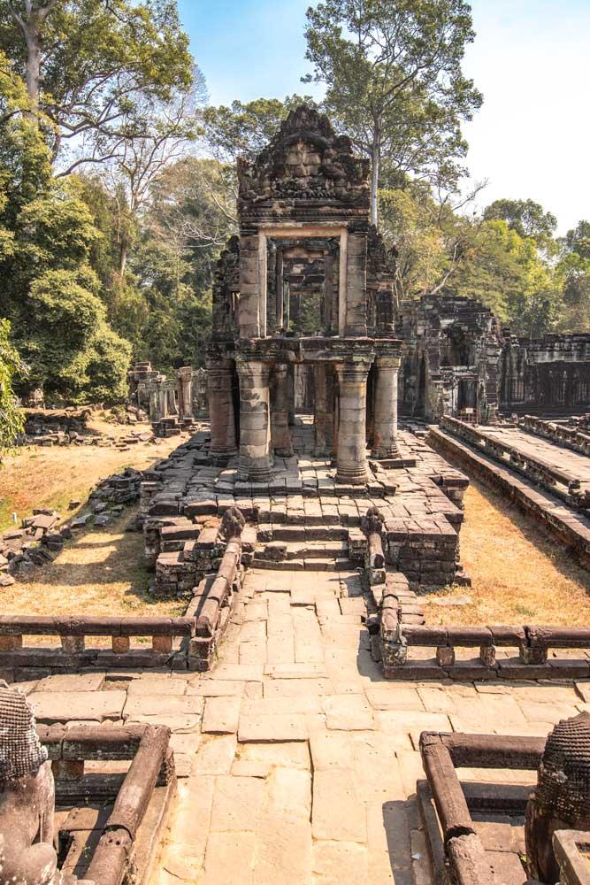 best-way-to-see-angkor-wat-preah-khan