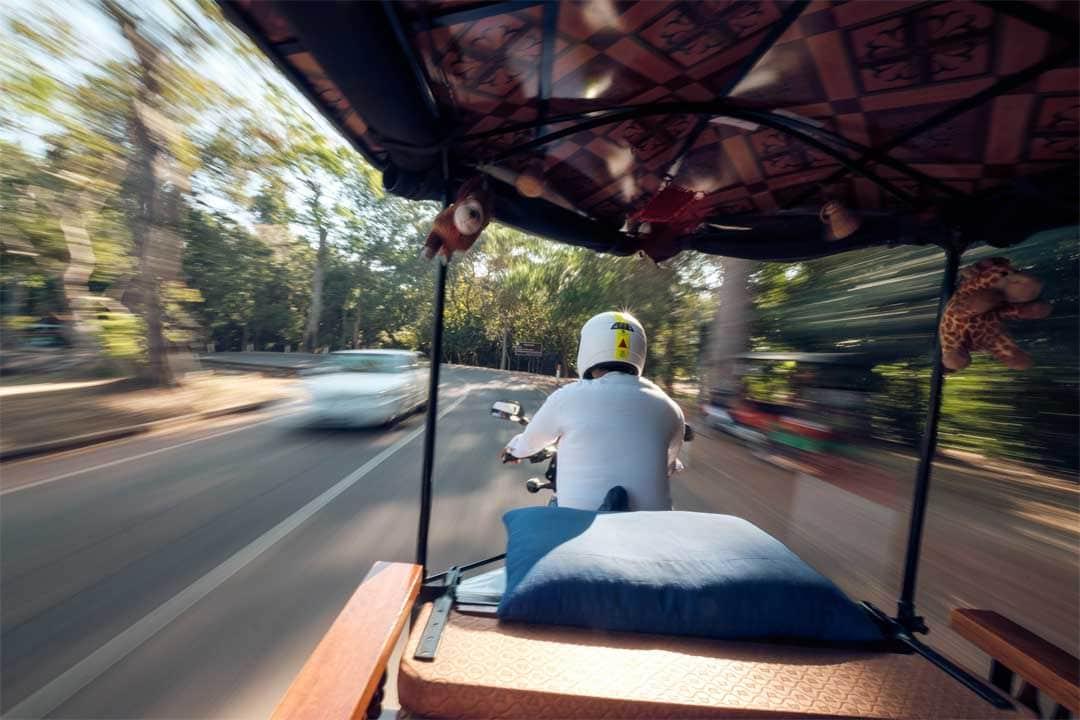 best-way-to-see-angkor-wat--tuk-tuk
