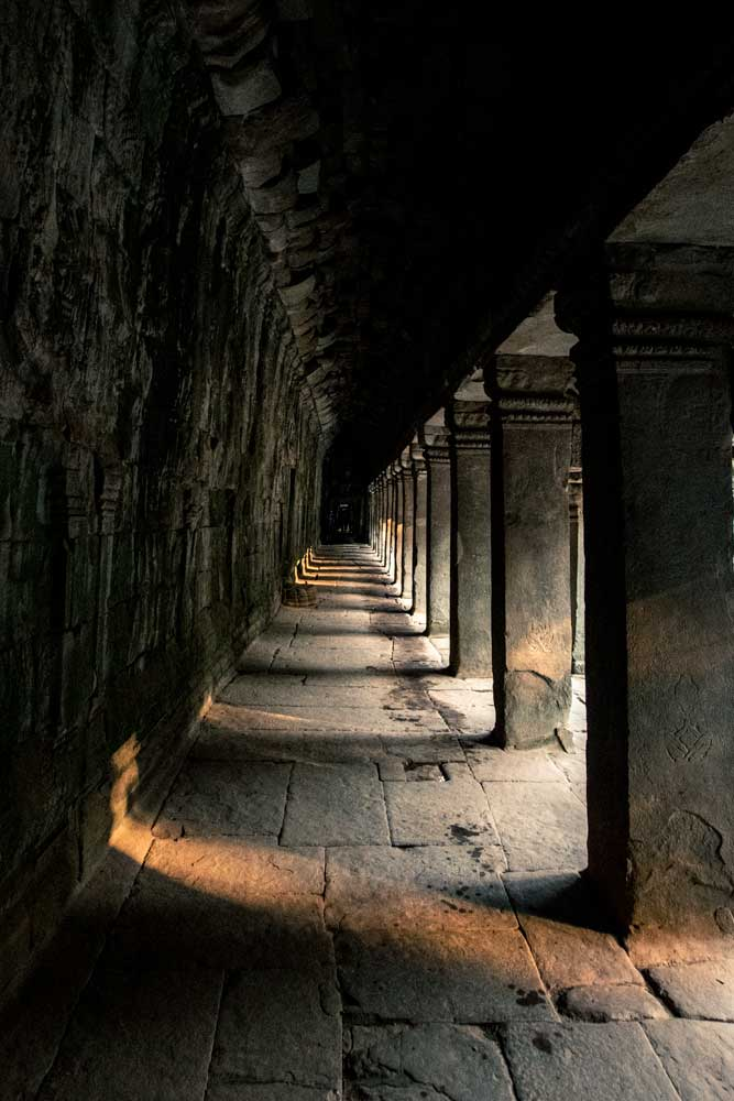 inside-the-temples