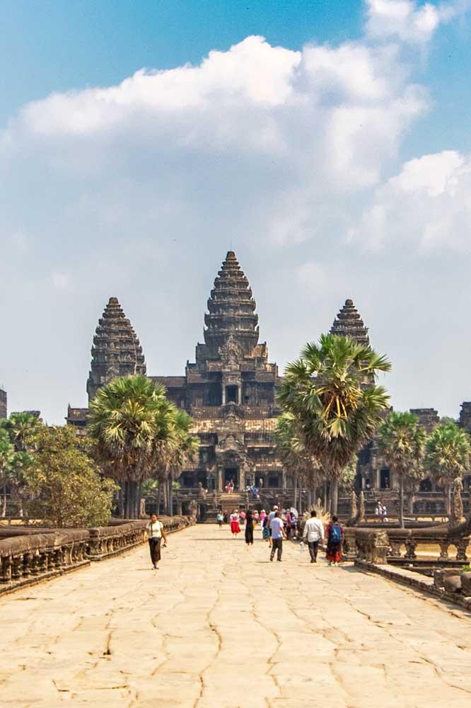 visiting-angkor-wat-day1