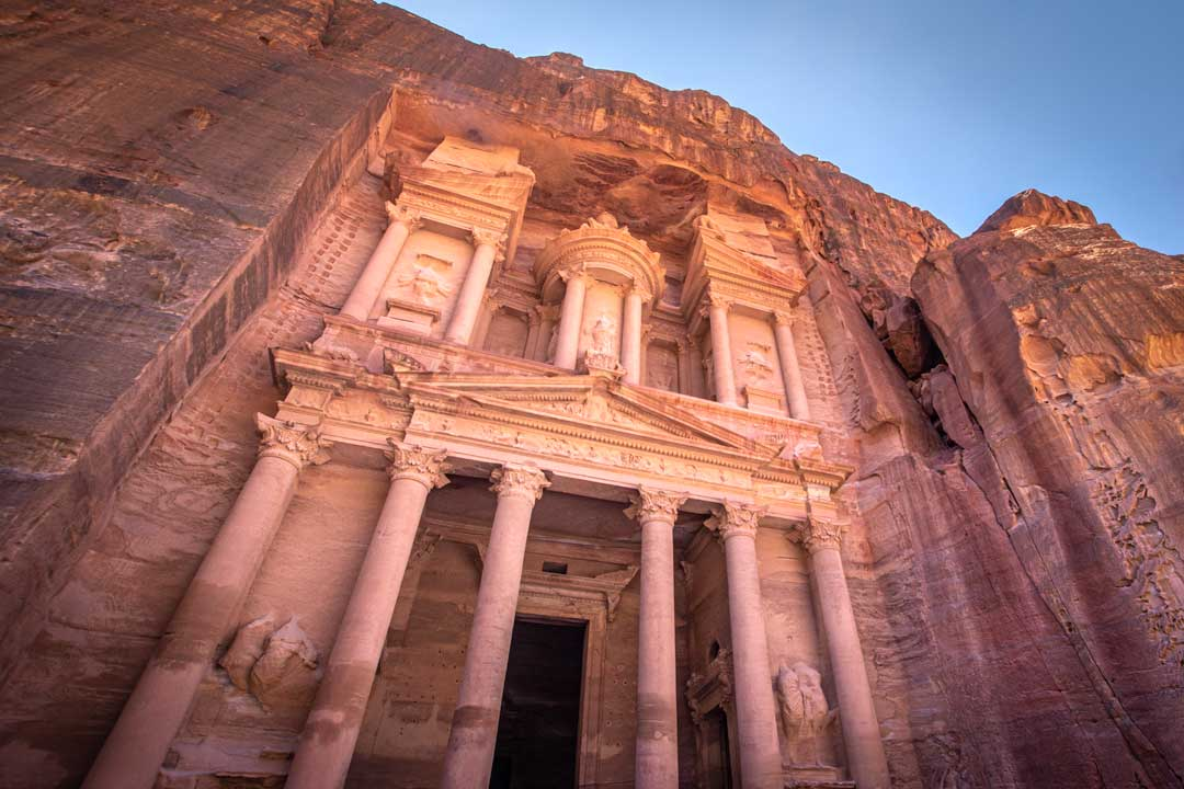 Petra-itinerary-the-Treasury