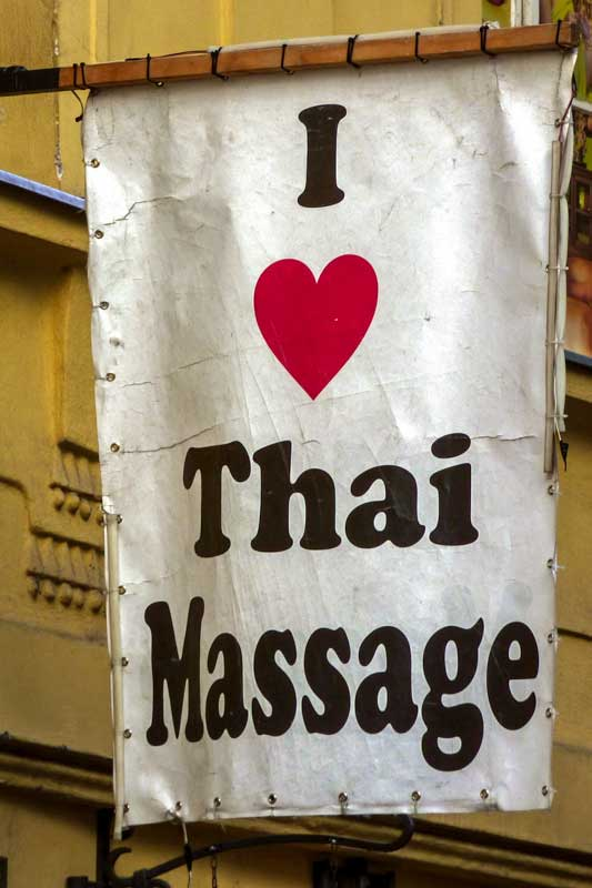 skip-in-thailand-going-in-the-wrong-massage-parlor