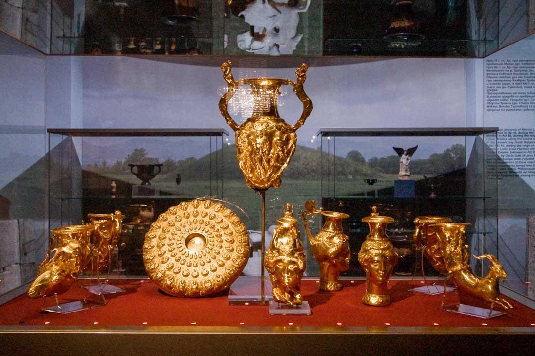 history-museum treasure