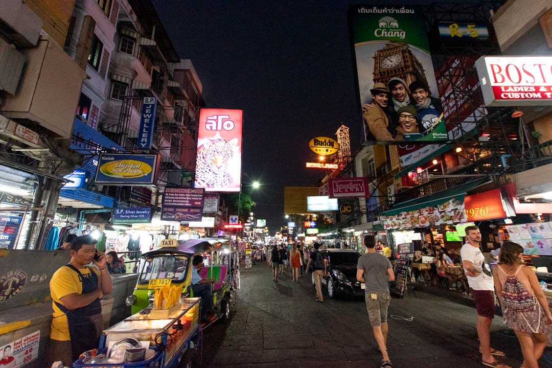 best-area-to-stay-in-bangkok-khao-san